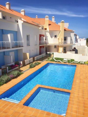 Ocean Breeze Apartment Baleal - Ferrel - Daire