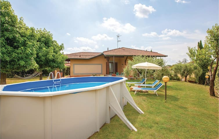Holiday cottage with 3 bedrooms on 400m² in Querce Fucecchio FI