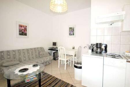 MARINIC apartments Krk - Modern  - Maison