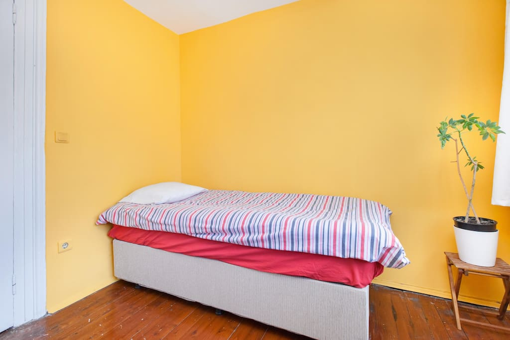 the bedroom for rent