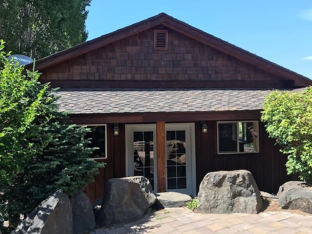 Wine Country Studio Yakima