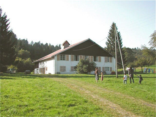 Belle et grande ferme dans le Jura - Le Bizot