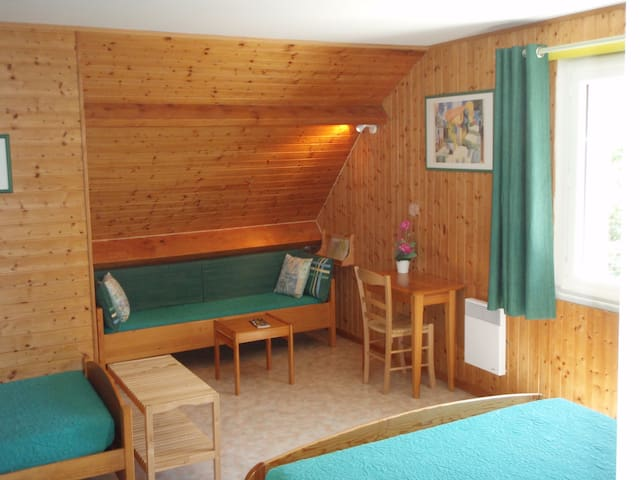 Chambre sur les collines du Pilat - Condrieu - Bed & Breakfast