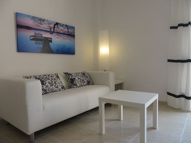 NICE apt in center of Palma for 2-3