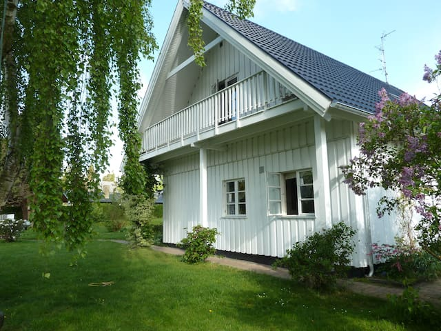 Great villa 20 km from Copenhagen - Holte - Hus