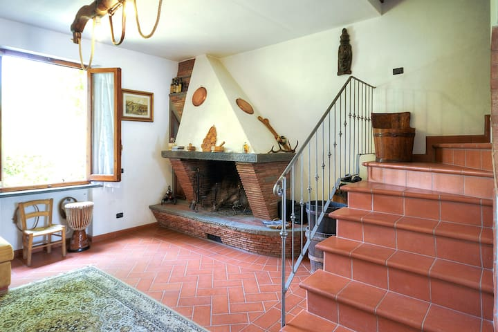 Beautiful countryhouse in the middl - Empoli - Hus