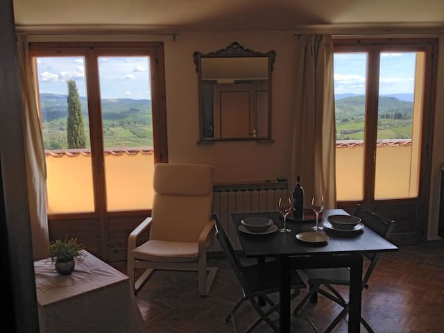 Panoramic Attic Nestled in Chianti - Barberino Val D'elsa - Leilighet