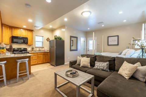 Private Livermore Getaway Close to Downtown