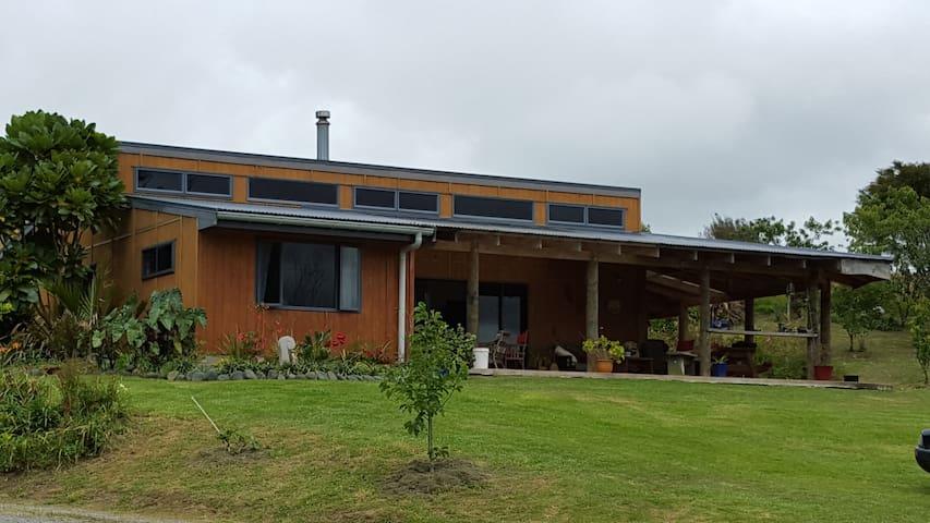 Raratu Lodge - Paeroa - House
