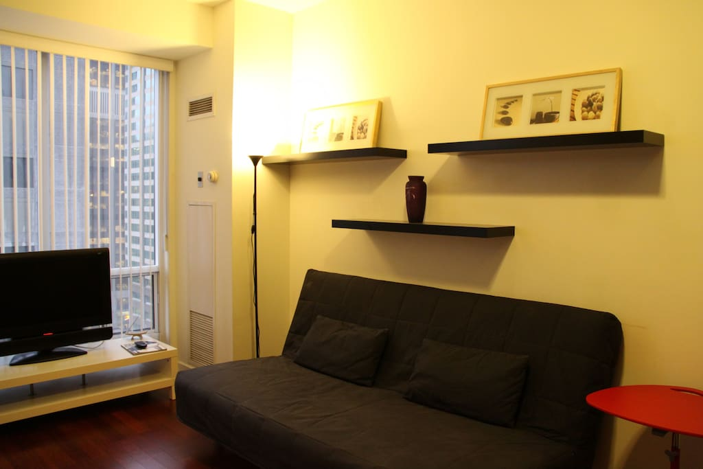 Yorkville one bedroom Condo
