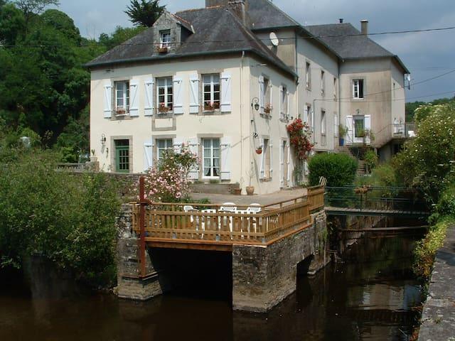 Ancien Moulin, 110m² sur l'eau - Quimperlé - Lägenhet