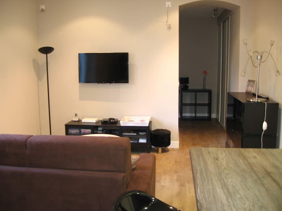 tv grand écran avec box internet