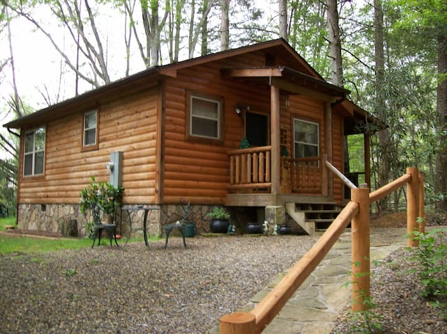 Garden of Eden Cabins Sanitized, private, secluded