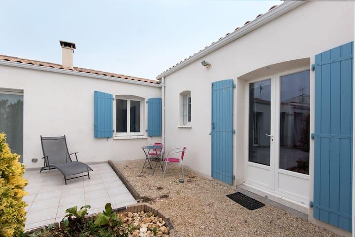 Studio Ré : à 2 pas de La Rochelle et des plages