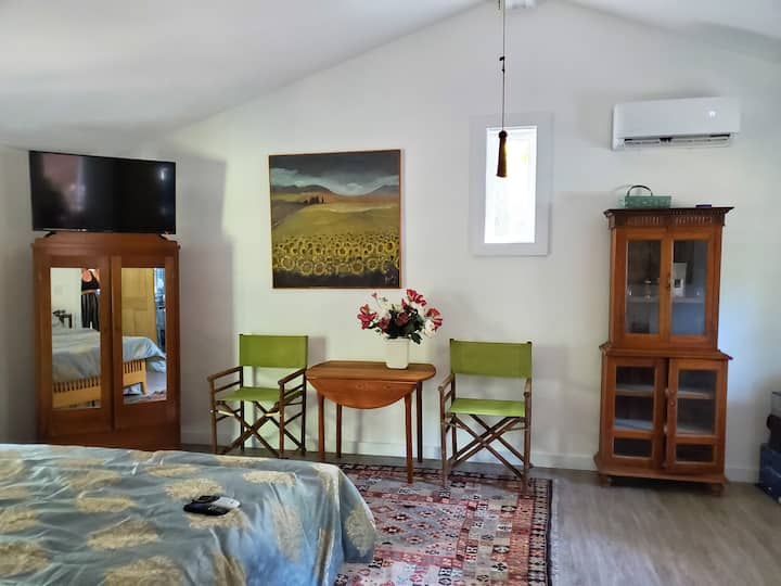 Dunbarton Cottage