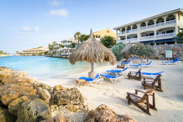 Mambo Beach Towhnouse - Willemstad - House