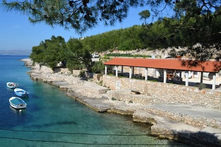 Studio apartment on the beach - Hvar - Haus