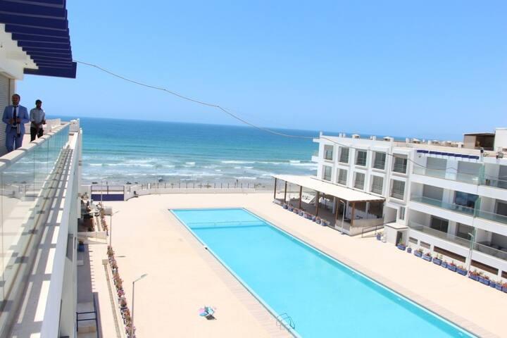adan beach appartement pied dans l'eau