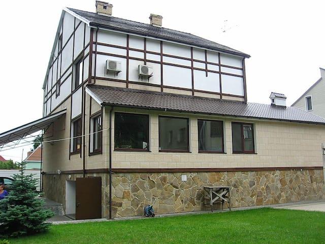 Дом бассейн 5 комнат Киев Осокорки - Osokorki