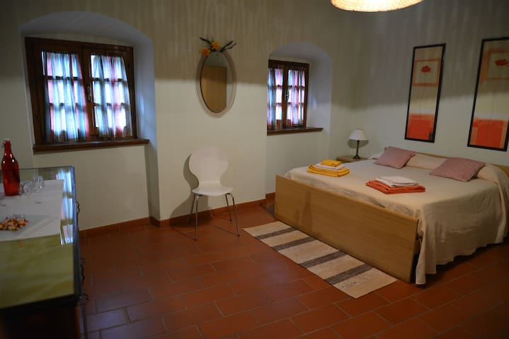 start your Tuscany holiday  here - Tavernelle - Flat
