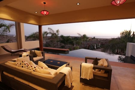 Oceanview Todos Santos Beach House w Pool
