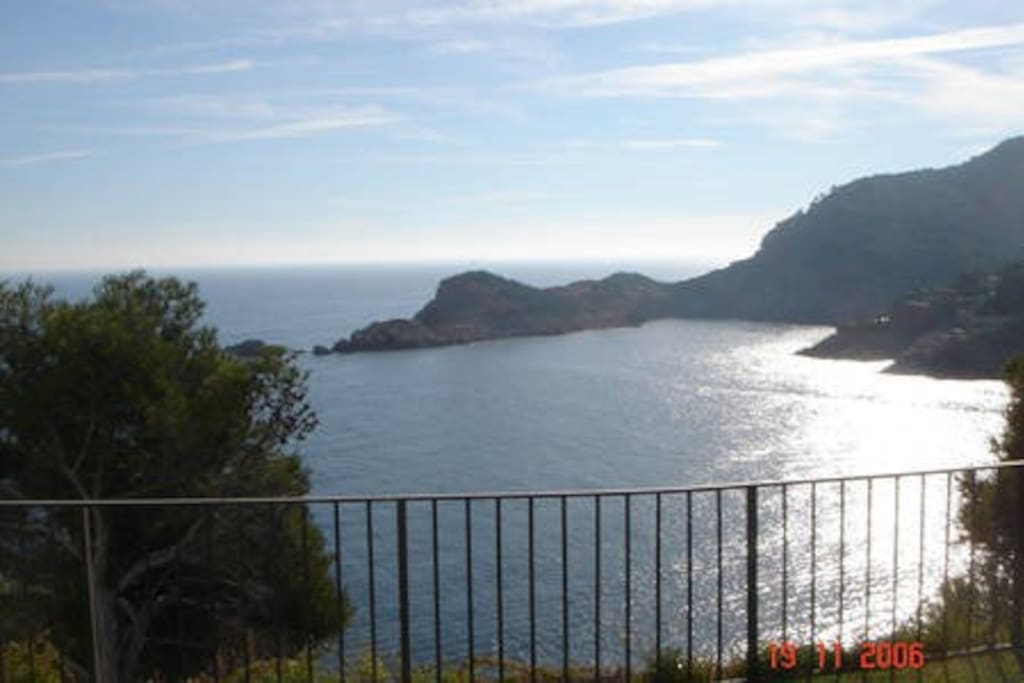 30.000 m2 de jardines privados encima del mar