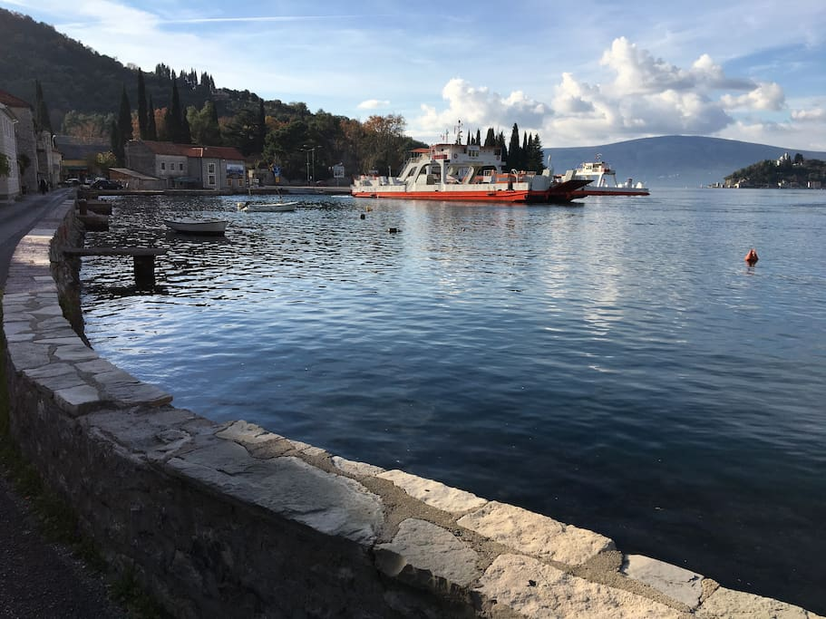The Lepetane-Kamenari Ferry Line is 200m from the cottage, it takes you across towards Herceg-Novi and Dubrovnik direction  in 7 minutes! Free for foot passengers and 4,5 € for a car round the clock until midnight and then every hour until 7 am.