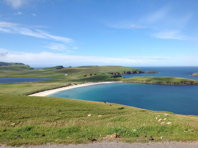 Vanlop Cottage - Shetland Islands - Sea Views