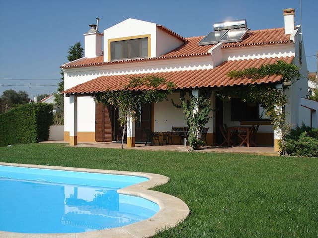 Alentejo, private pool, 1 hr Lisbon - Lavre - Villa