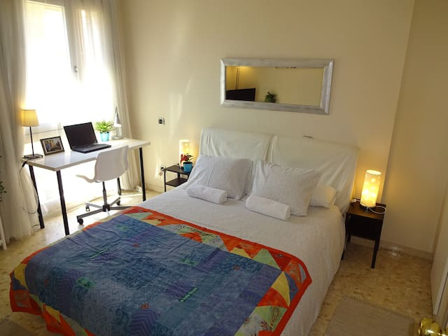 4.1Barcelona Sabadell Private Room (Full Services)