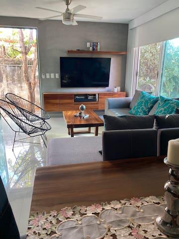 Smart House & Pet-friendly