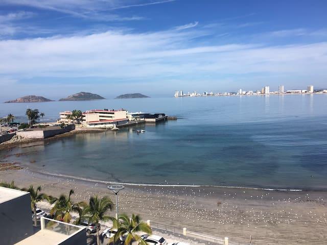Departamento con preciosas vistas de la playa