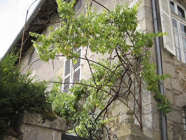 Maison familiale de 140 m2 - Ambazac - Dom