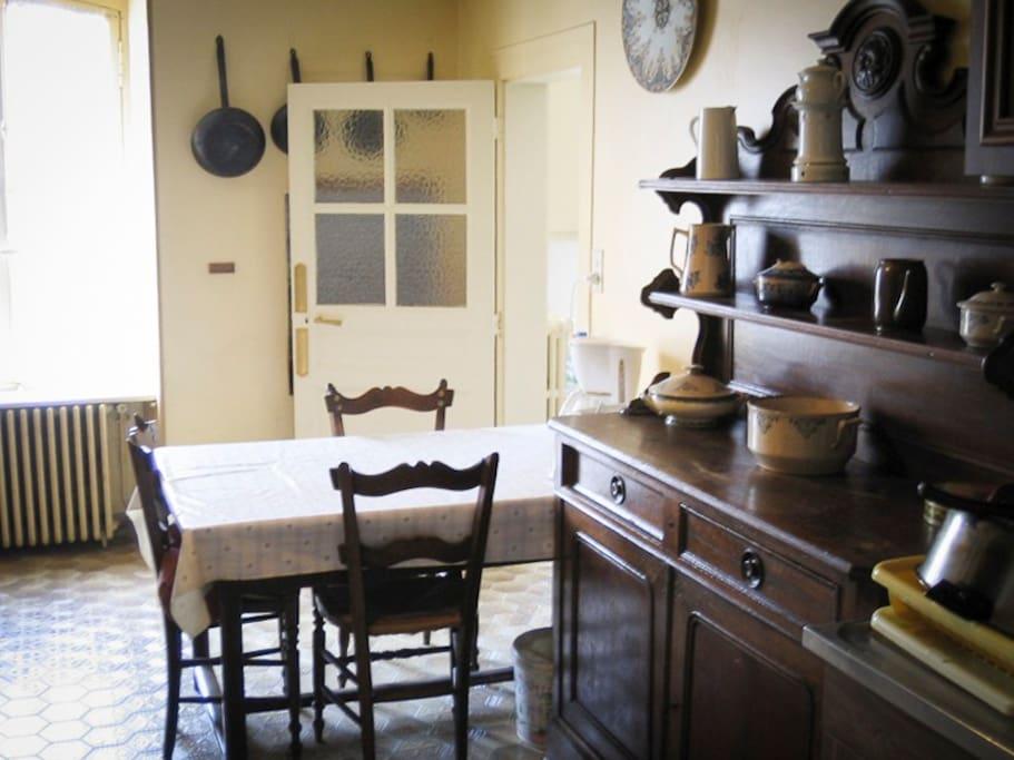 Maison familiale de 140 m2 houses for rent in ambazac for Linge de maison limoges