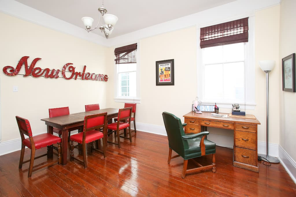Beautiful 2br Magazine St Home By Garden District Apartments For Rent In New Orleans
