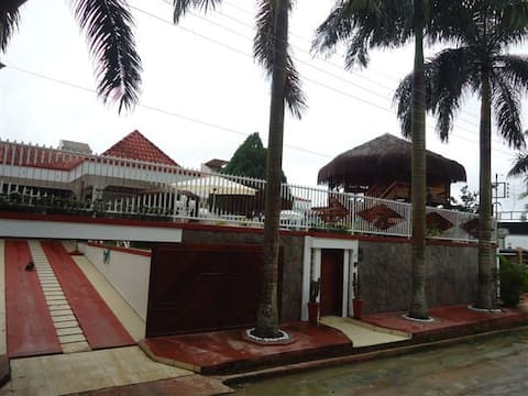 Luxury Huge House & Party Salon for Rent in Manaus