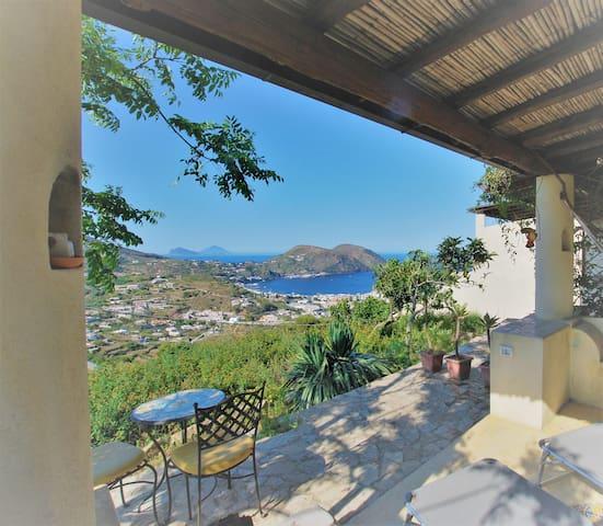 Casa islas eolias maracuja  wifi - Lipari - Villa