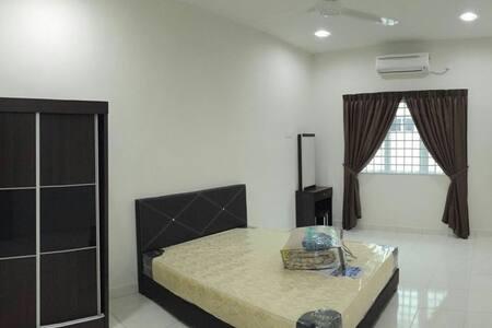 Setia Residence - House