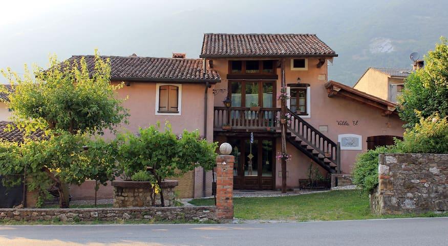 Ca' Del Pos - Tarzo - 一軒家