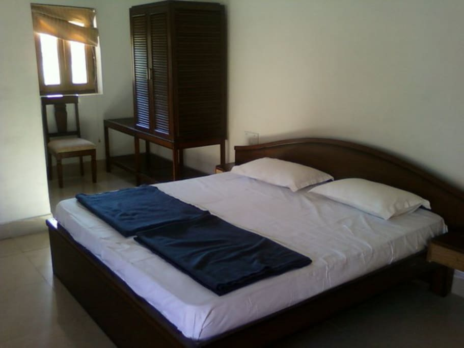 KING size Double bed inside cottage