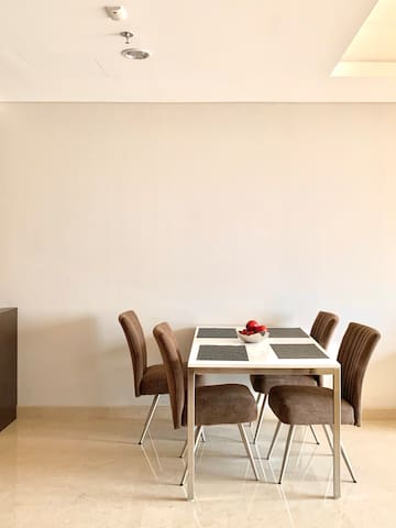 Brand New High End 2 Bed 2 Bath APT in South Jkt