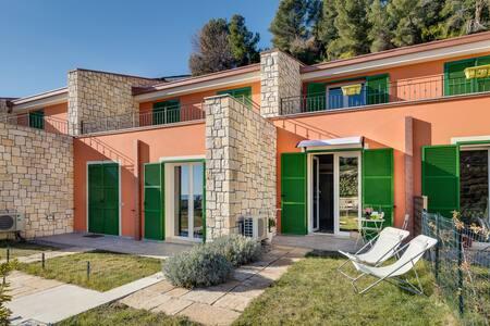 CasaLuna apt tra Liguria e Costa Azzurra.