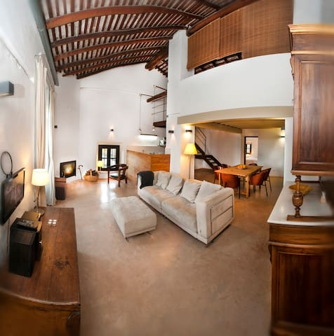 Los Pozos de Constantina SL ap Estella / Luna - Constantina - Apartamento