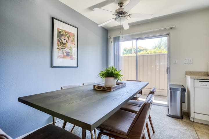 Charming 2BR in Campbell, Pool + Shopping Nearby