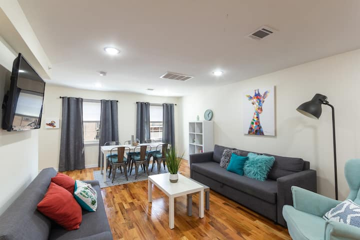 Modern 2 Bedroom in 5 min from Journal Square!