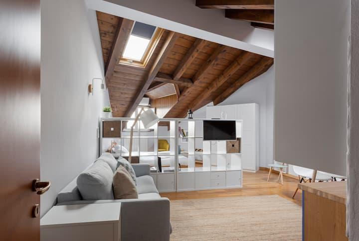 Modern & Elegant Studio apt /Milano Isola District