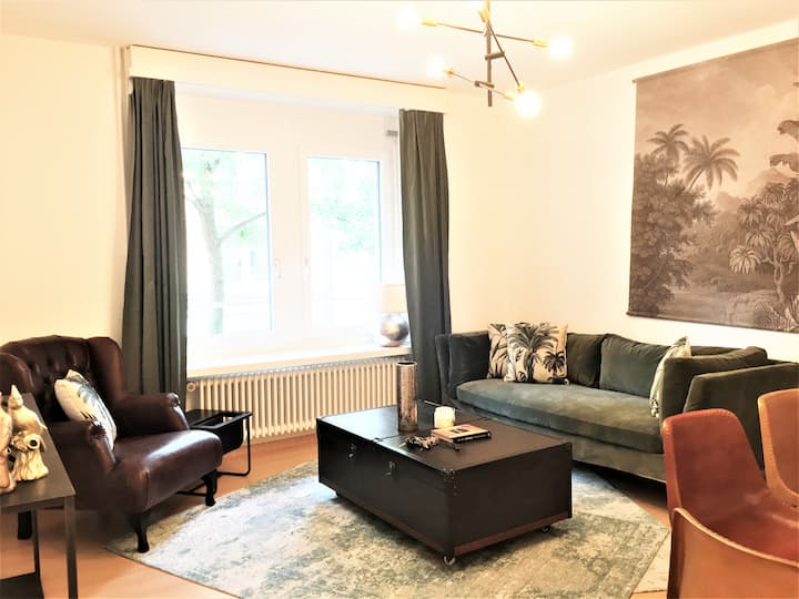 New 2 BR serviced apartment in the heart of Zurich
