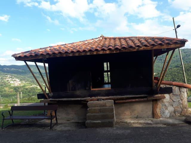 HORREO típico Asturiano - Buena ubicación