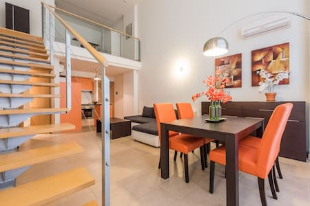 Loft para 4 personas con Parking - Madrid