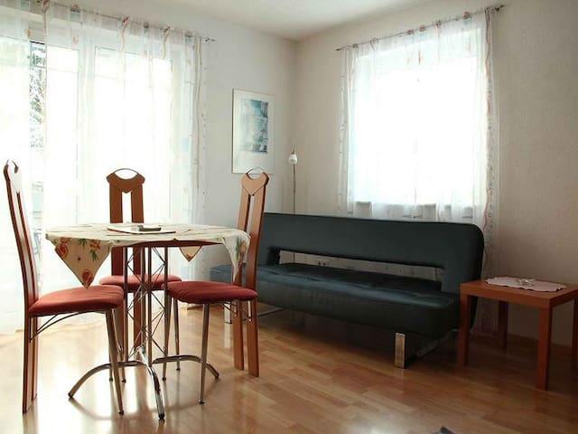 Isabella Kehrer Ferienwohnungen, (Radolfzell-Mettnau), Ferienwohnung Live****, 45 m², 1 Wohnzimmer, max. 2 Personen